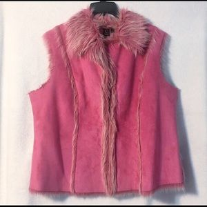 Capri Faux Suede and Fur Pink. Vest Size 1X